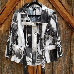 Berek Black & White Floral Jacket Large